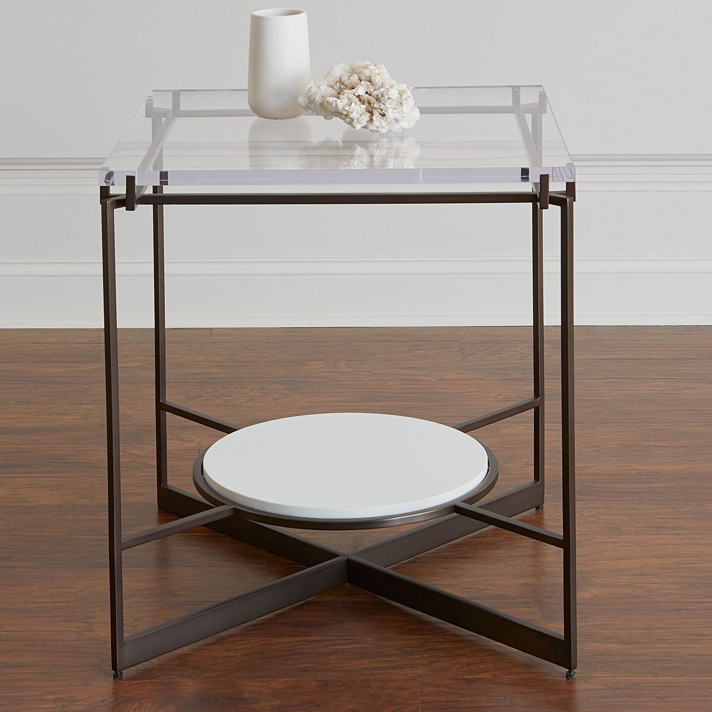 Hot Item 2018 Latest Creative Design Multipurpose Clear Acrylic 2 Shelves Nightstand Acrylic Computer Desk Glass Coffee Table