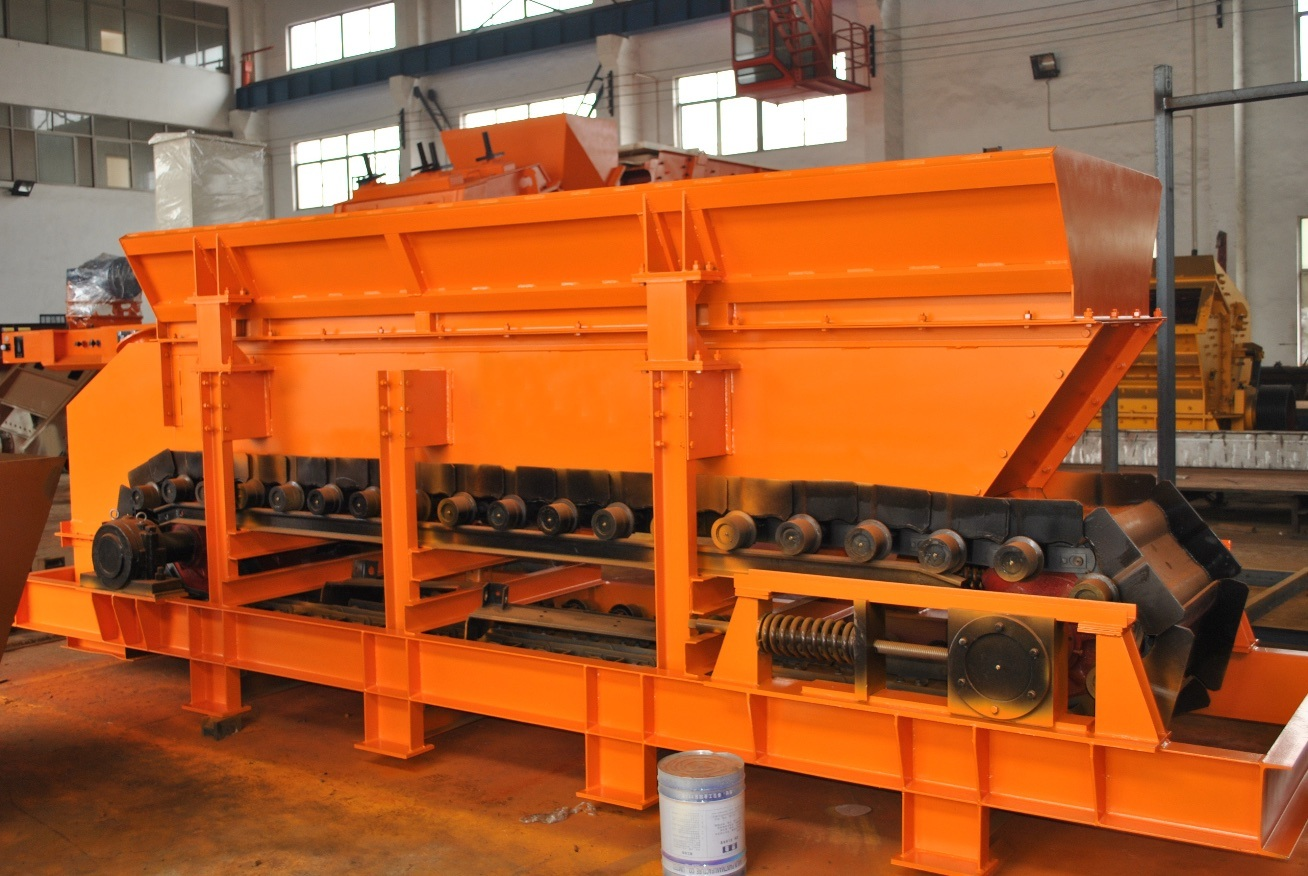Heavy Duty Apron Feeder for Crushing Plant and Cement Plant pictures & photos