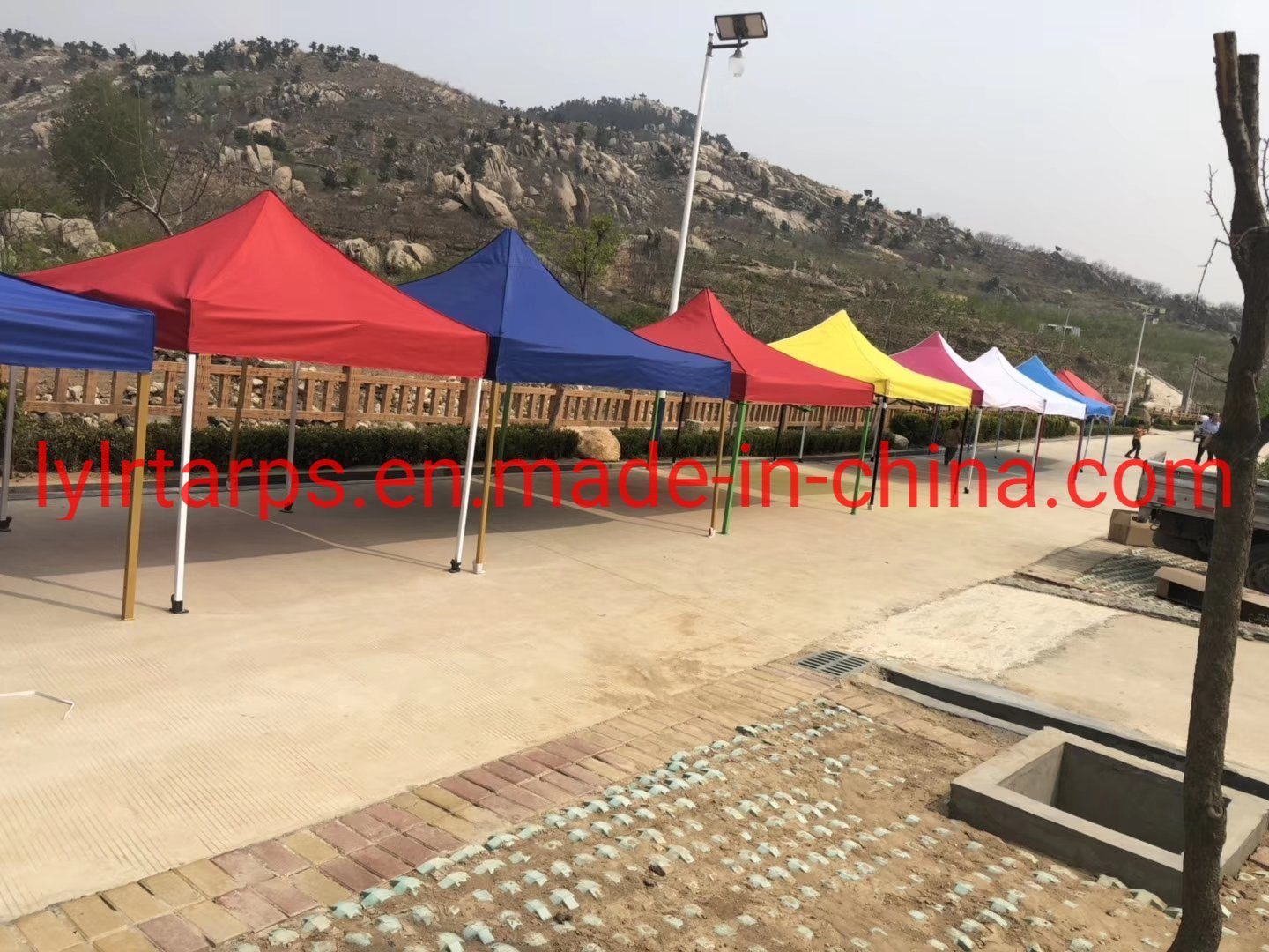 China Durable Oxford Camping Tents pictures & photos