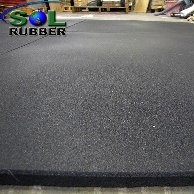 China Wholesale Non Slip Gym Flooring China Gym Flooring