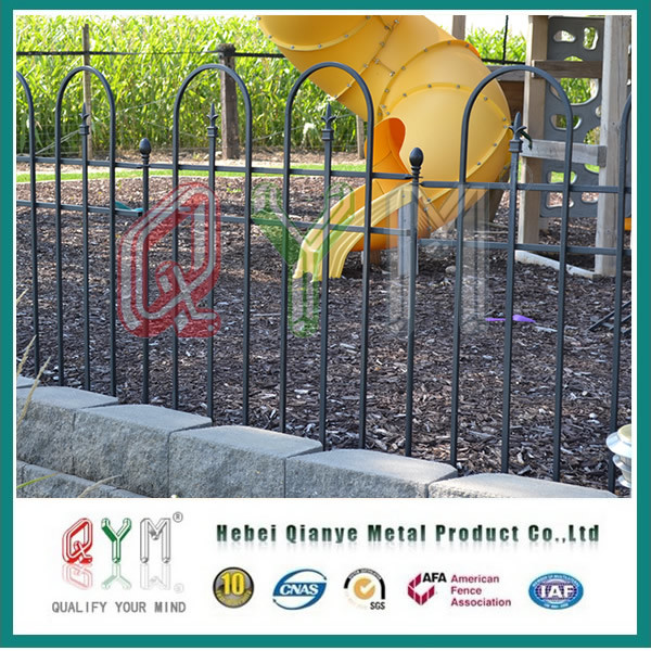 China Garden Fence/ Cheap Decorative Wire Mesh Metal Garden Fencing ...