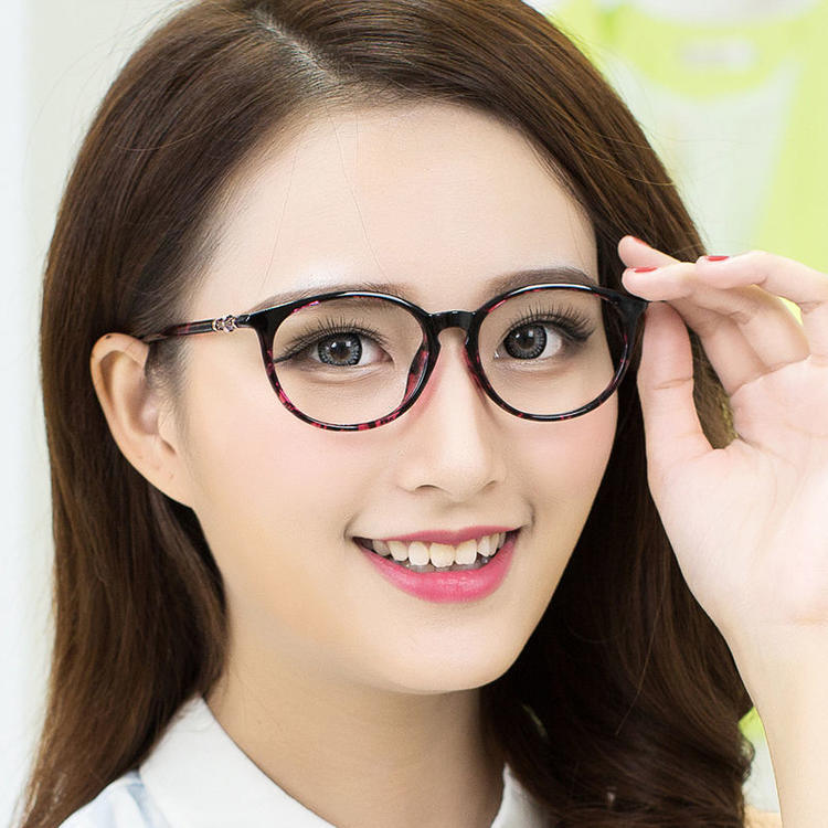 Nice Cool Spectacles Frame From City of Glasses Danyang pictures & photos