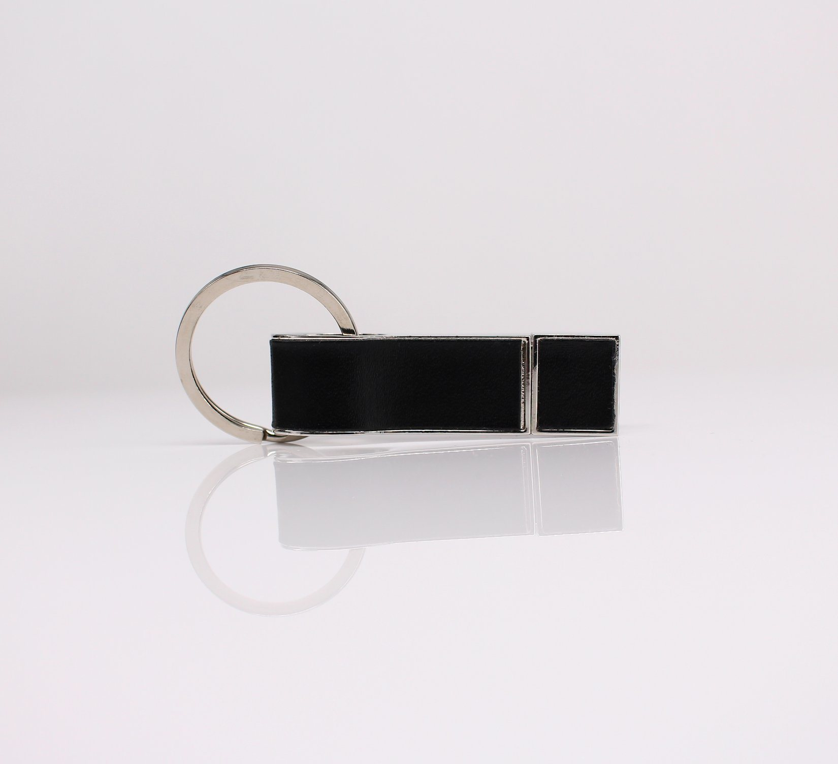 New Leather Style USB Flash Disk/ Flash Drive pictures & photos