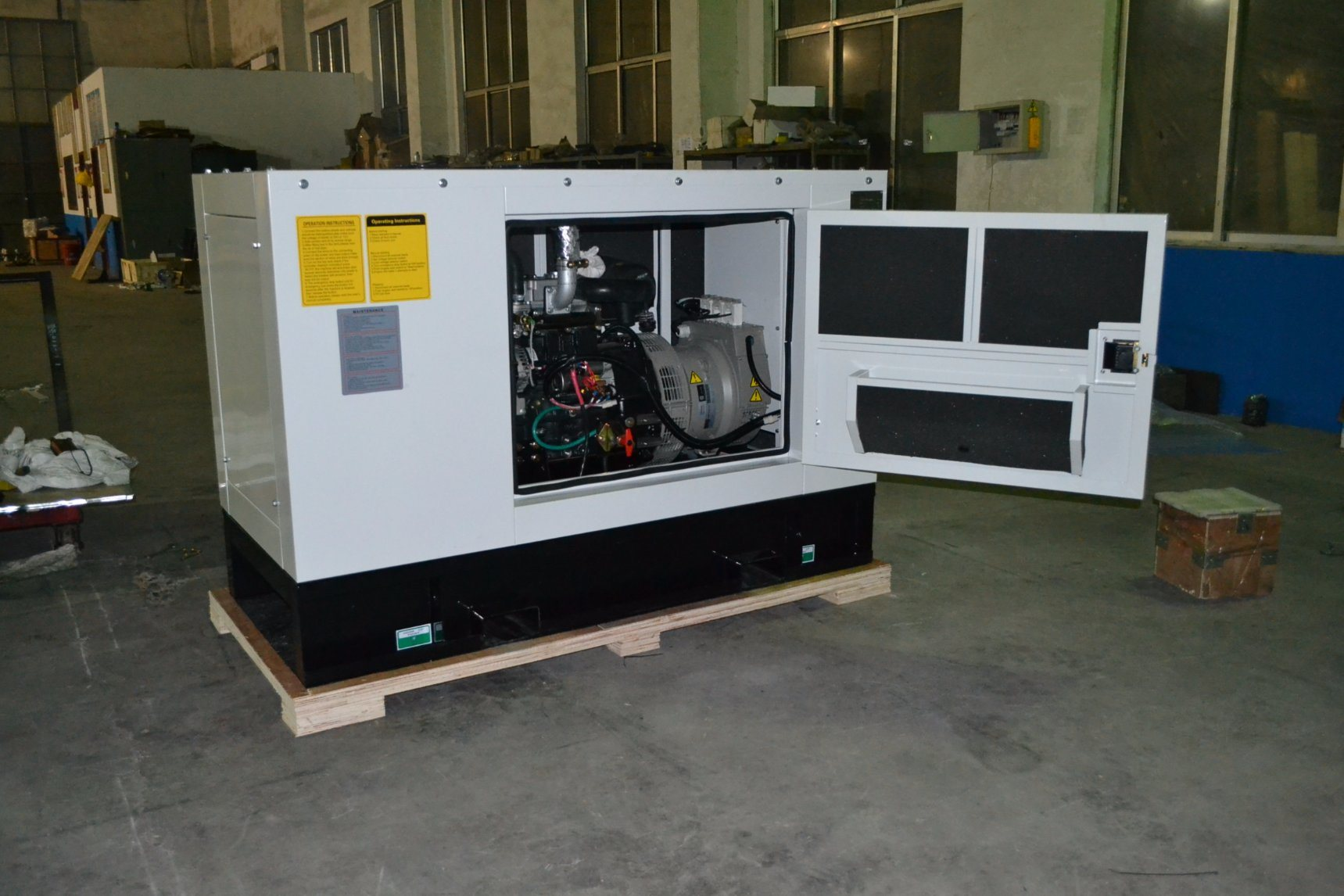 Silent Type 16kVA Diesel Generator Set for Chile Market pictures & photos