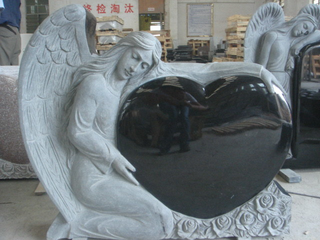 China Angel Holding Heart Black China Monument Sculpture