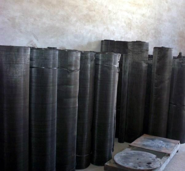 Black Rubber Screen Mesh / High Quality Black Wire Cloth pictures & photos