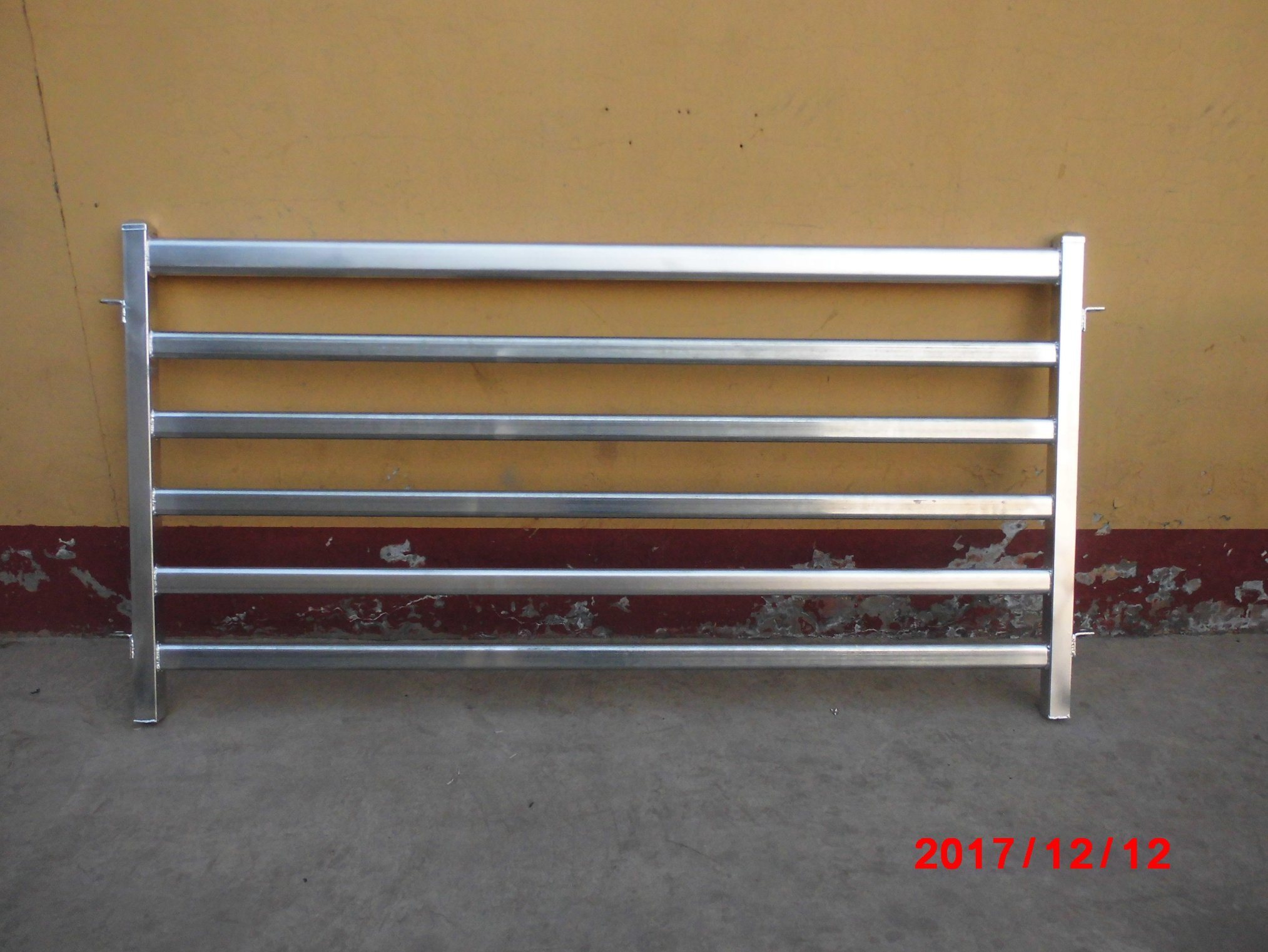 2020 New Type Heavy Duty Sheep Yard Panel Goat Panel From China Supplier (XMR235)