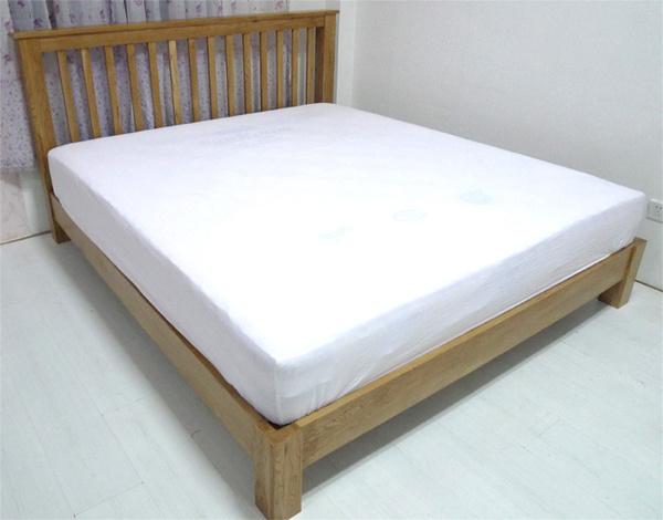 China Rustic Vintage Oak Solid Wood, Queen Bed No Footboard