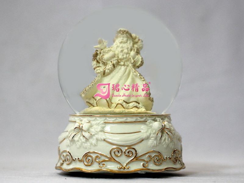 Wasser-Kugel-Porzellan-Unterseiten-24-K Spieluhr der Junxin Weihnachtsstr.-Klaus Golddes dekor-5.5 des Zoll-H