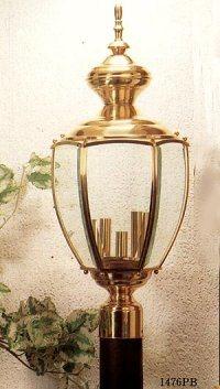 Haut de lanterne de poste (1476)