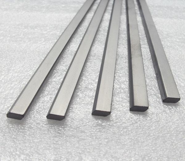 優秀な硬度の木製の切断のための100%年のバージンの原料の炭化タングステンのストリップ