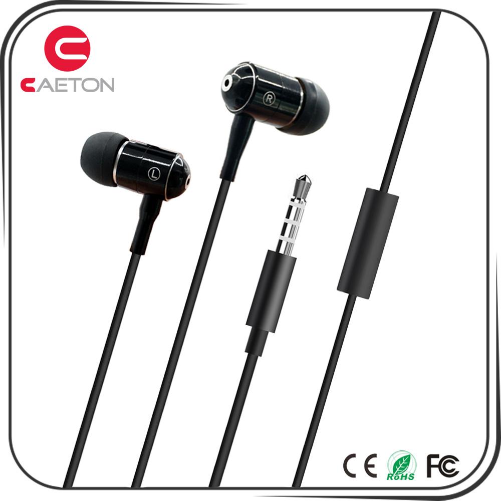 Carcasa metálica de 3,5 mm Bass HiFi estéreo auriculares con micrófono