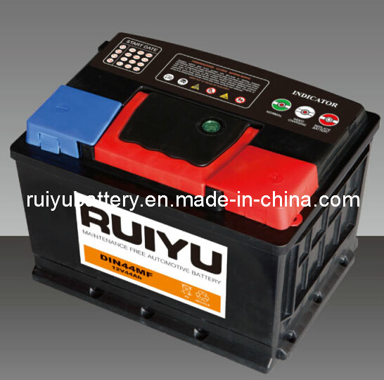 La norme DIN 44 54437 12V 44Ah Batteries Auto batterie de voiture