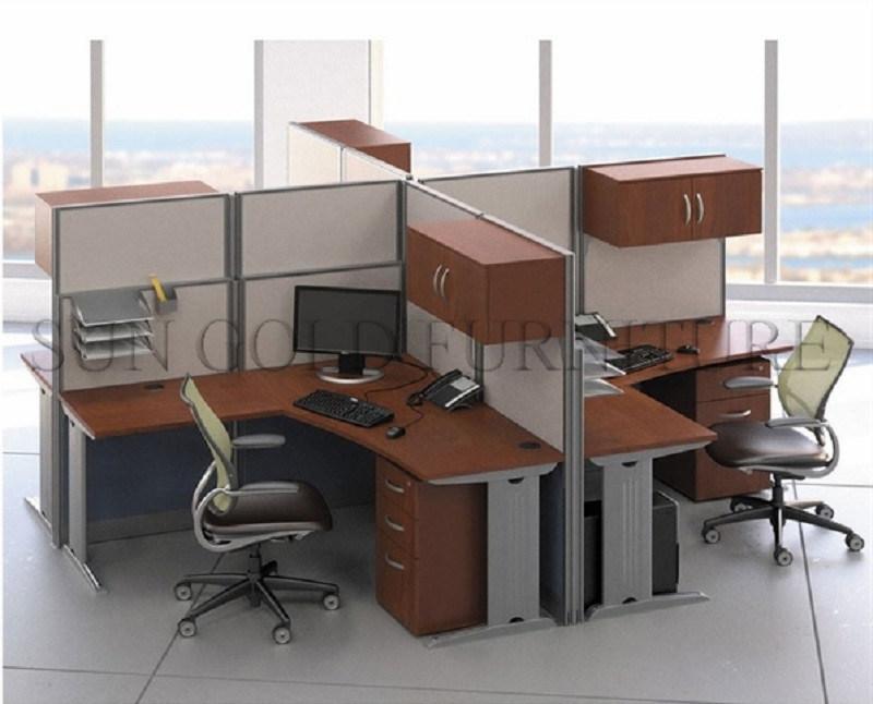 Nouvelle station de travail moderne en bois table utilisée bureau