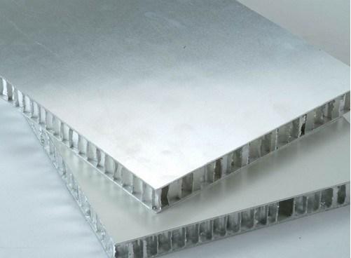 Il centro di favo di alluminio per il divisorio