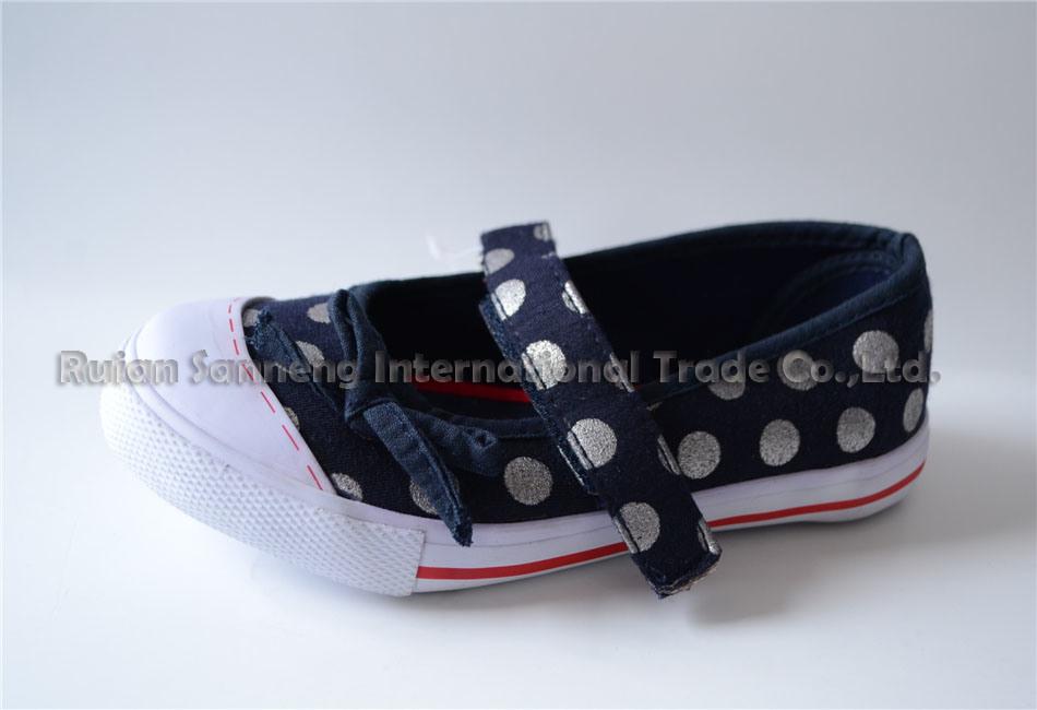 Zapato De Nino (女の子のための加硫させた靴) - Snc-Dq1412011