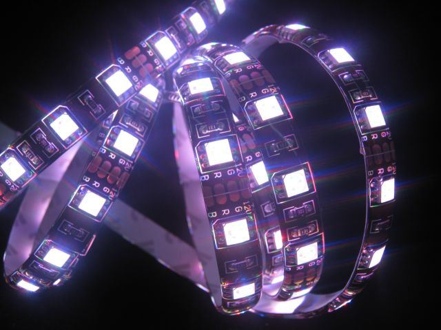 防水RGB 5050 LEDのストリップ