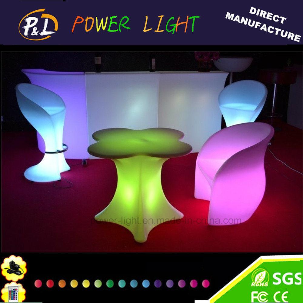 Foto de Muebles de jardín iluminado LED recargable mesa de café en ...