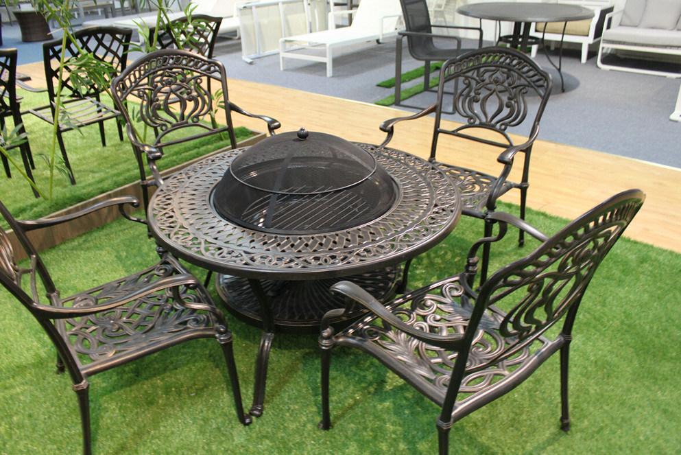 Muebles de exterior de aluminio fundido Mesa de barbacoa redonda y ...