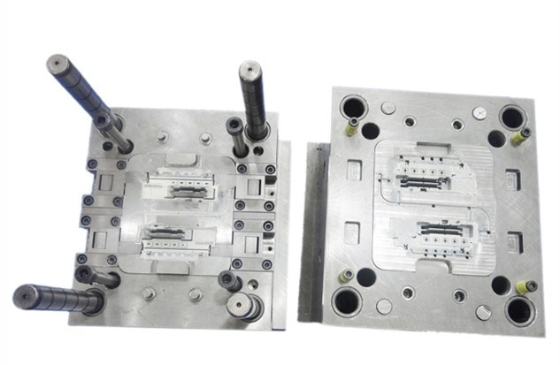 Electronical Products를 위한 주입 Mold