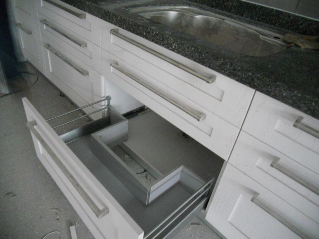 Nogal muebles de cocina de madera maciza con encimera de - Muebles de cocina madera maciza ...