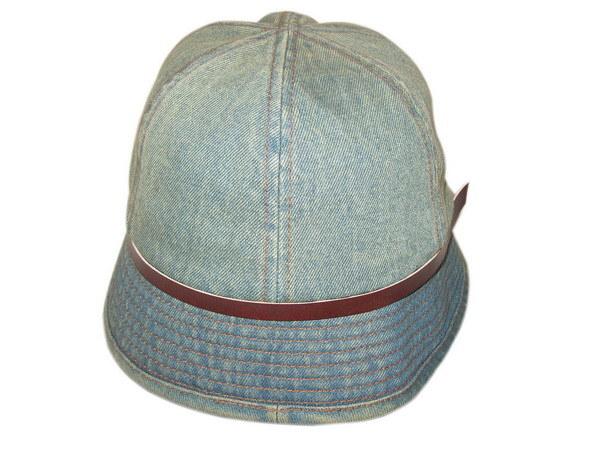 バケツの帽子100