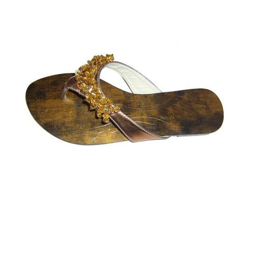 Sandalia y zapatillas