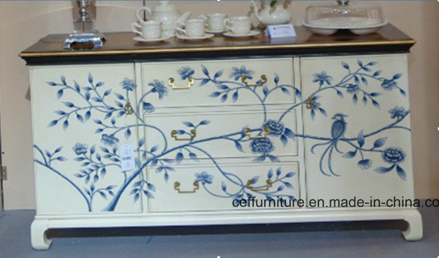 Foto de gabinete pintado a mano azul y blanco de los - Muebles pintados a mano fotos ...