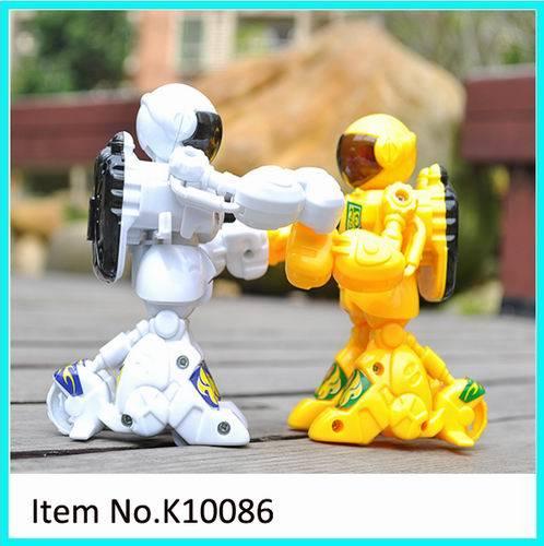 Fighting Pk Game를 위한 2.4G Plastic Robot Toys