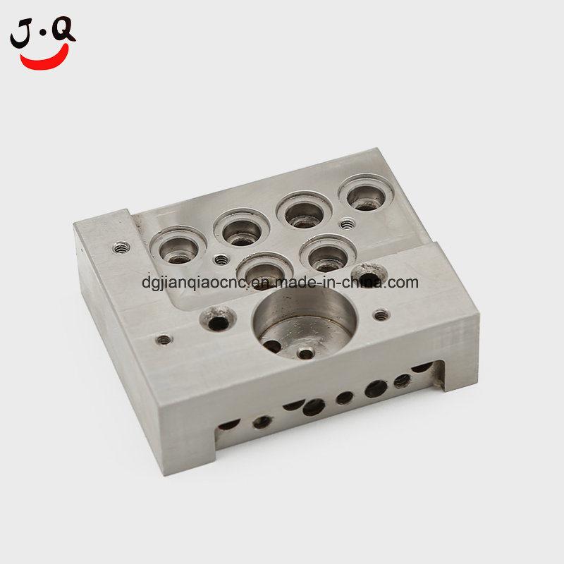 Fresatura CNC in alluminio ad alta precisione per la foratura di parti di lavorazione CNC
