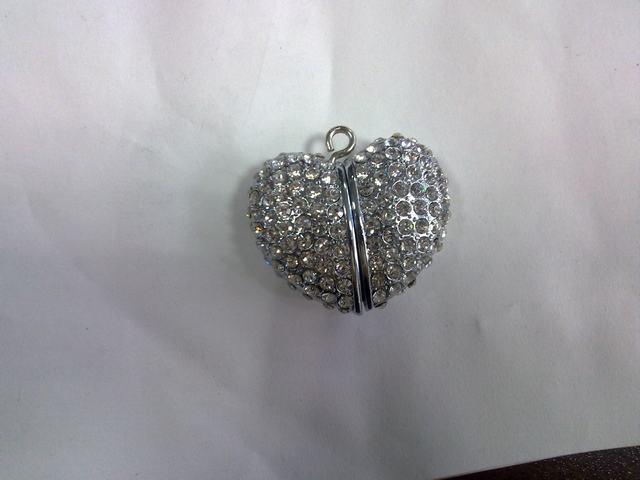 Métal Heart-Shaped blanc disque Flash USB