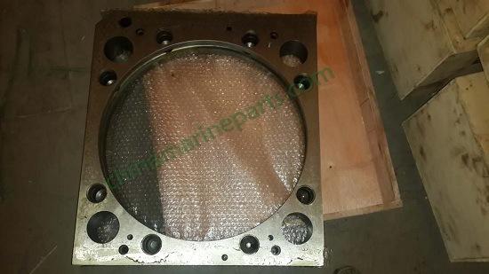 Yanmar 8N330 en las piezas del motor 132654-01303 Conjunto de la cámara de refrigeración