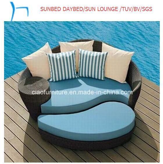 Foto de Piscina Exterior Salón muebles de ratán diván en es.Made-in ...