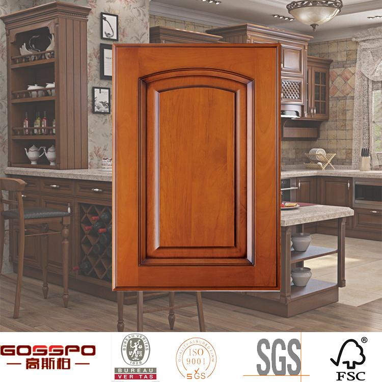 Foto de Muebles antiguos de madera del gabinete de cocina de la ...
