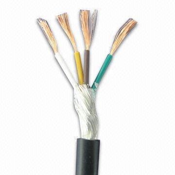 300Vのロボティック設定のための保護されたワイヤーは電圧を評価した