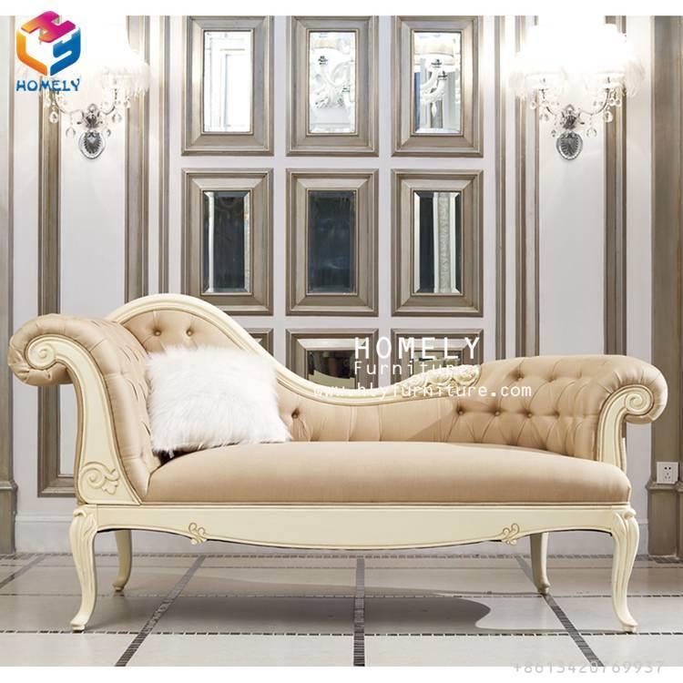 Royal Salle de séjour classique en bois avec salon un canapé-jeu des chaises