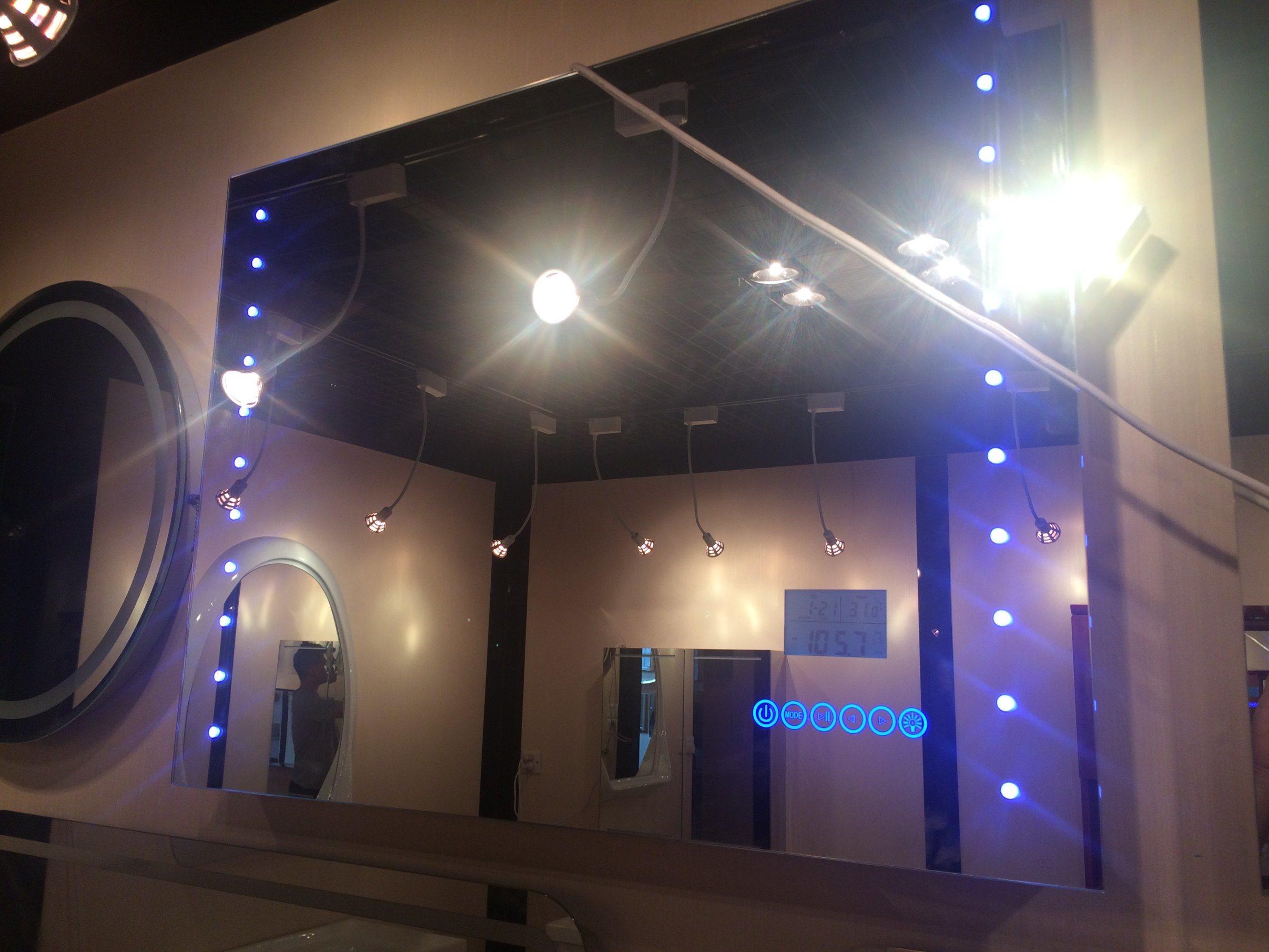 Chine Salle de bains en acier inoxydable Miroir LED ...