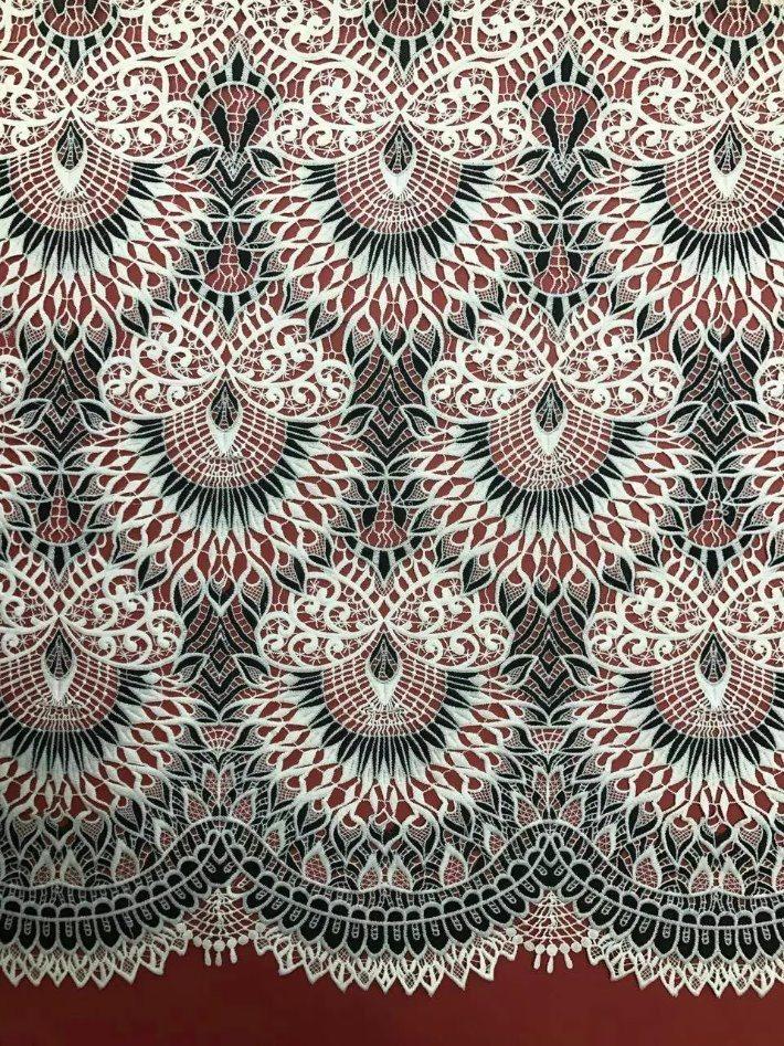 Tessuto solubile in acqua del merletto del ricamo di alta qualità per il vestito da cerimonia nuziale