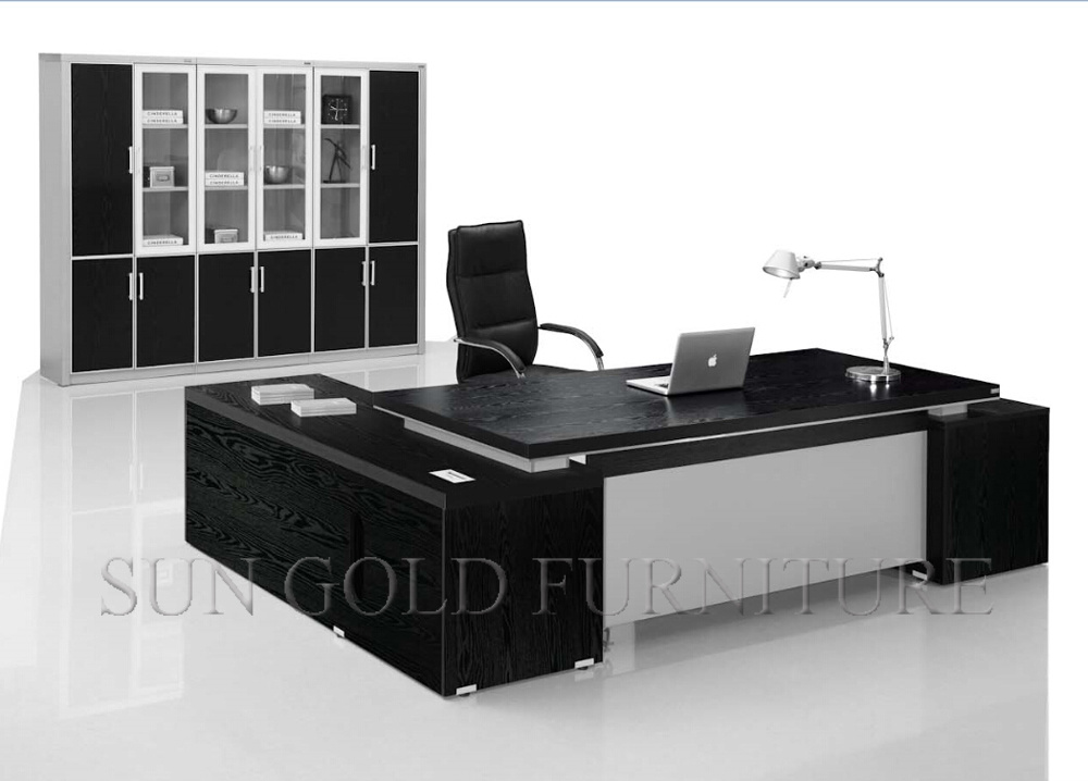 foto de design moderno mesa de escrit rio de luxo mesa executiva m veis de madeira em pt made in. Black Bedroom Furniture Sets. Home Design Ideas