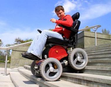scooter handicapé par 4x4, fauteuil roulant électrique