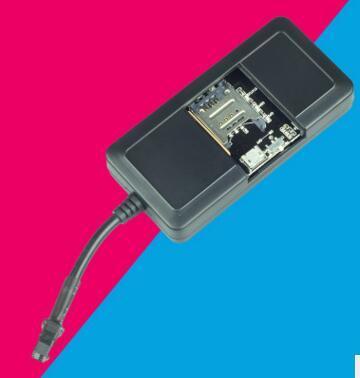 Véritable voie périphérique GSM GPRS GPS tracker moto avec relais ACC de détection de voiture