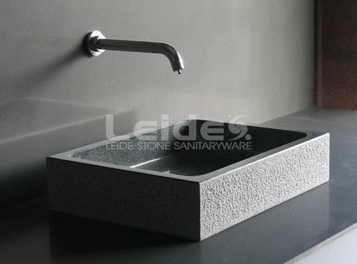 Badkamer Gootsteen Kast : G de grijze gootsteen van de badkamers van het graniet ld b