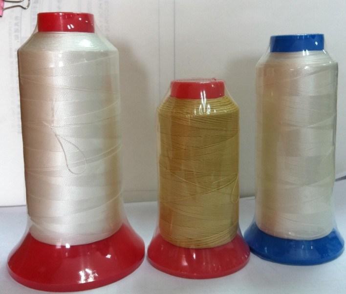 Fils à coudre de filaments de polyester
