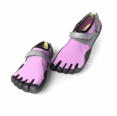 Оптовая торговля новейшее по пять пальцев Quatity спорта скалолазание обувь (AKFS13)