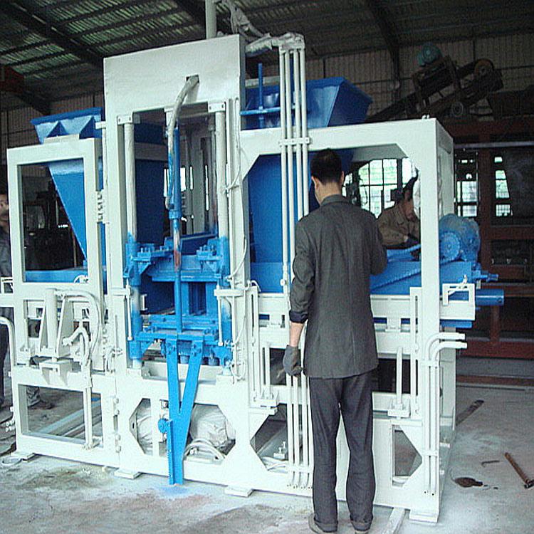 máquina de fabricación de ladrillos Hydraform