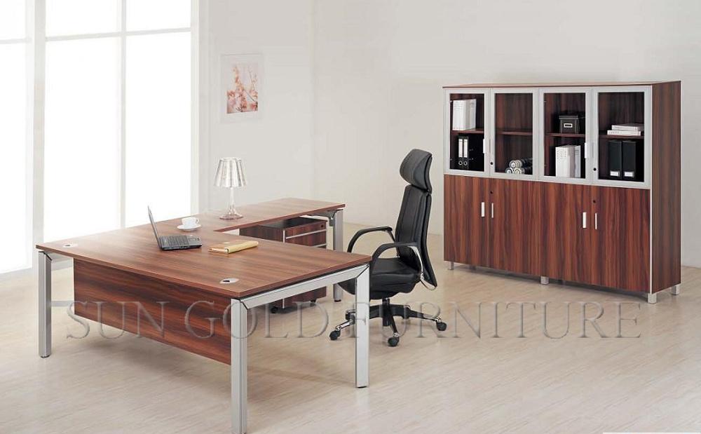 Foto de muebles caseros modernos de ikea de la peque a for Videos porno caseros en la oficina