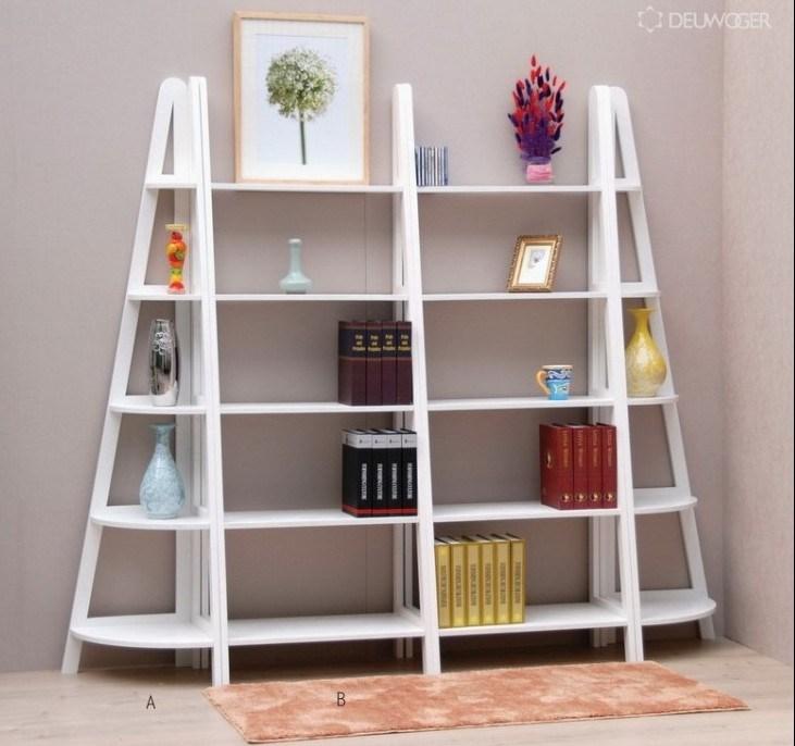 Escalera de la unidad del libro