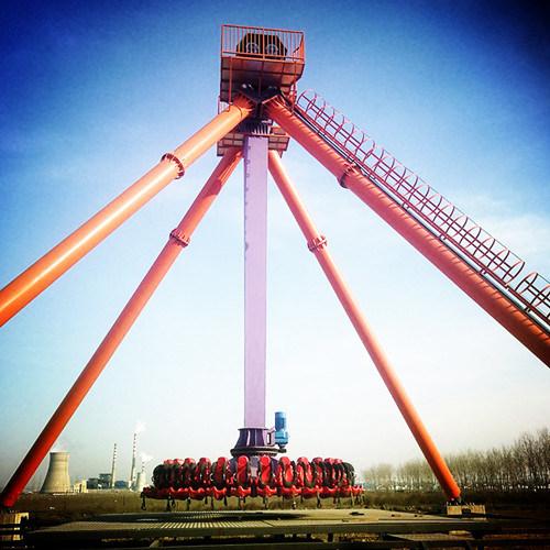 Grande martello dell'oscillazione di giro di emozione di giro del pendolo grande (30 persone)