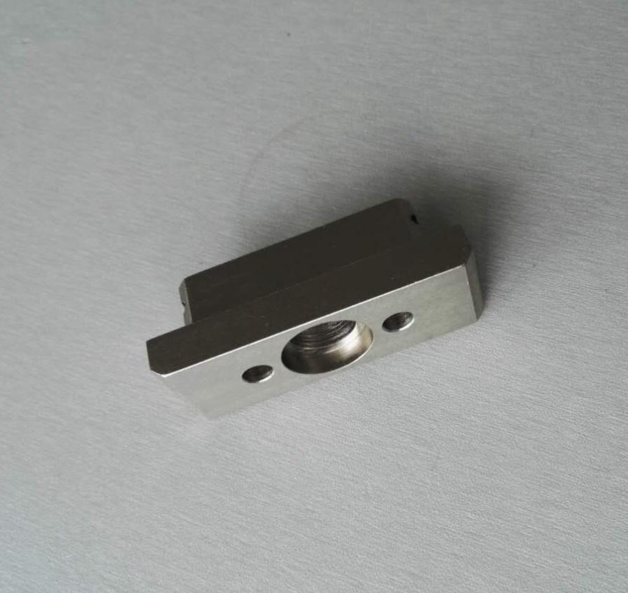 Pezzo meccanico di CNC della parte di alluminio su ordine di precisione dell'OEM