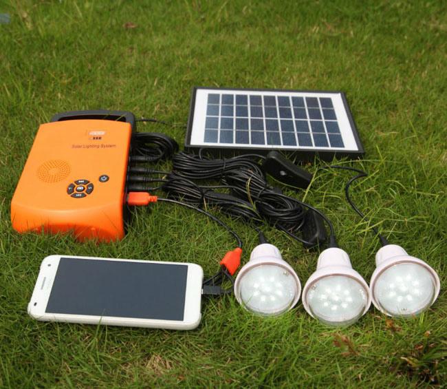 syst me de d 39 clairage solaire la maison portatif de pouvoir d 39 nergie de panneau de 4w. Black Bedroom Furniture Sets. Home Design Ideas